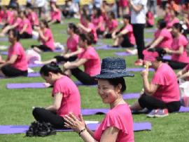 西媒看中国产妇坐月子:有些习惯已过时当摈弃