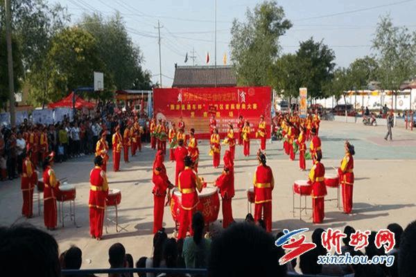 忻府区董村镇举办农民歌手大赛