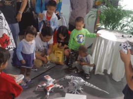 佳奇周俊:让家庭都能用上智能机器人!