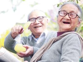 冬季口干舌燥 老年人要分清是哪种