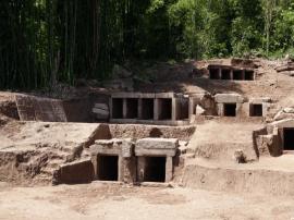 重庆发现宋明墓葬群 出土完整宋代琉璃簪