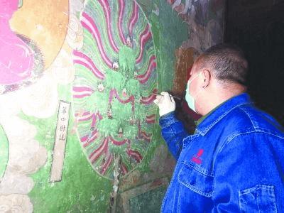 毗卢寺千年壁画进行大规模修复