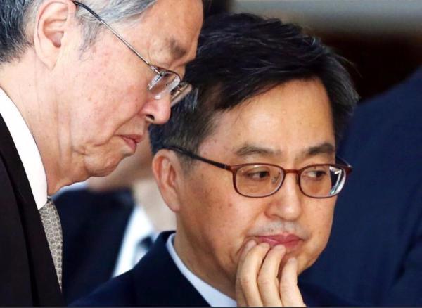 G20公报未提保护主义 周小川最后一次G20之旅负重任
