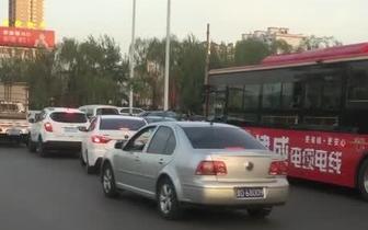 长治府后西街小西门桥交通拥堵亟待解决