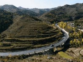 离碛旅游公路离石段开工建设 工程全长25.4公里