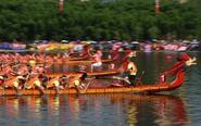 全国多地举办龙舟比赛