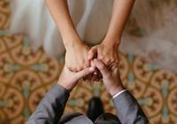 """""""婚后""""性格会大变样?研究称:已婚者会越来越无趣"""