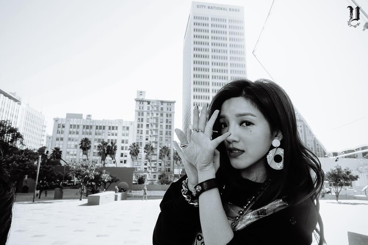 SHIN吴思佳玩转性感嘻哈 初恋女神展女人味