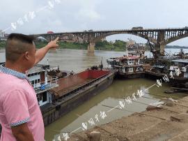 横县一女子背着女儿从30米高桥上跳下 只因……