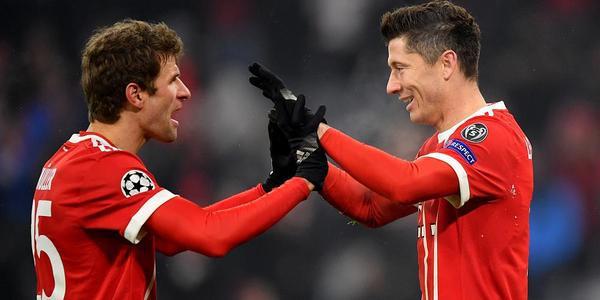 欧冠-穆勒莱万各斩2球 拜仁5-0贝西克塔斯