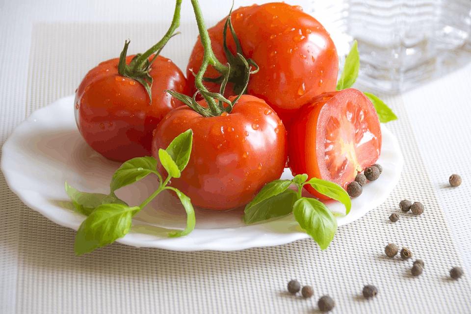 太阳太毒被晒伤了?这10种食物能拯救你!