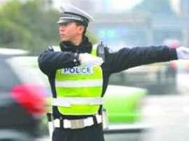 长春交警日均出动警力1748人 确保节日交通安全