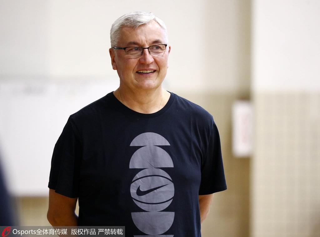 广东采用NBA训练方法 老尤:现在定新赛季目标还早