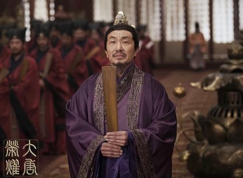 《大唐荣耀》热播 老戏骨杜源反派角色入木三分