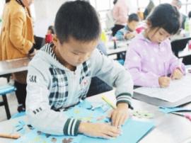 黄梅县中小学书画比赛在理工学校举行