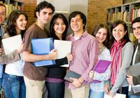 加拿大留学生叹学费年年涨 兼职与学业难兼顾