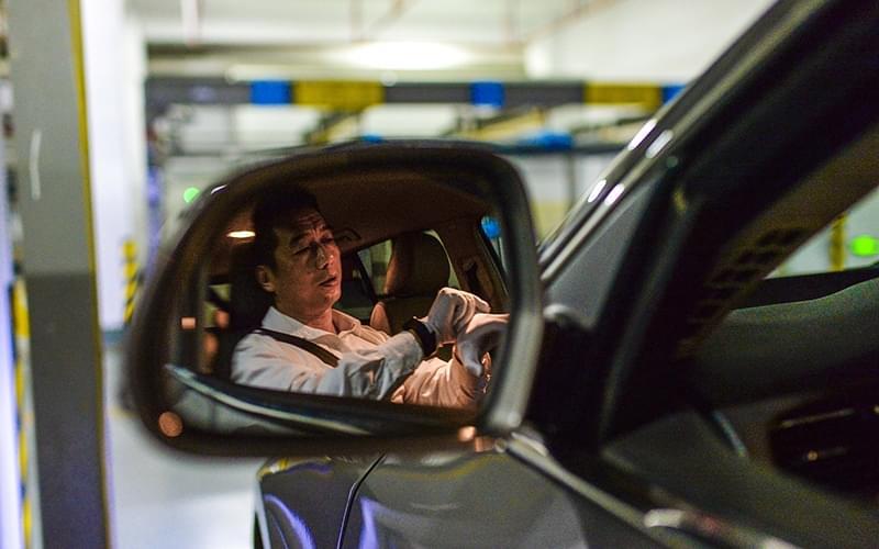为排遣生活出来接单的司机不在少数。
