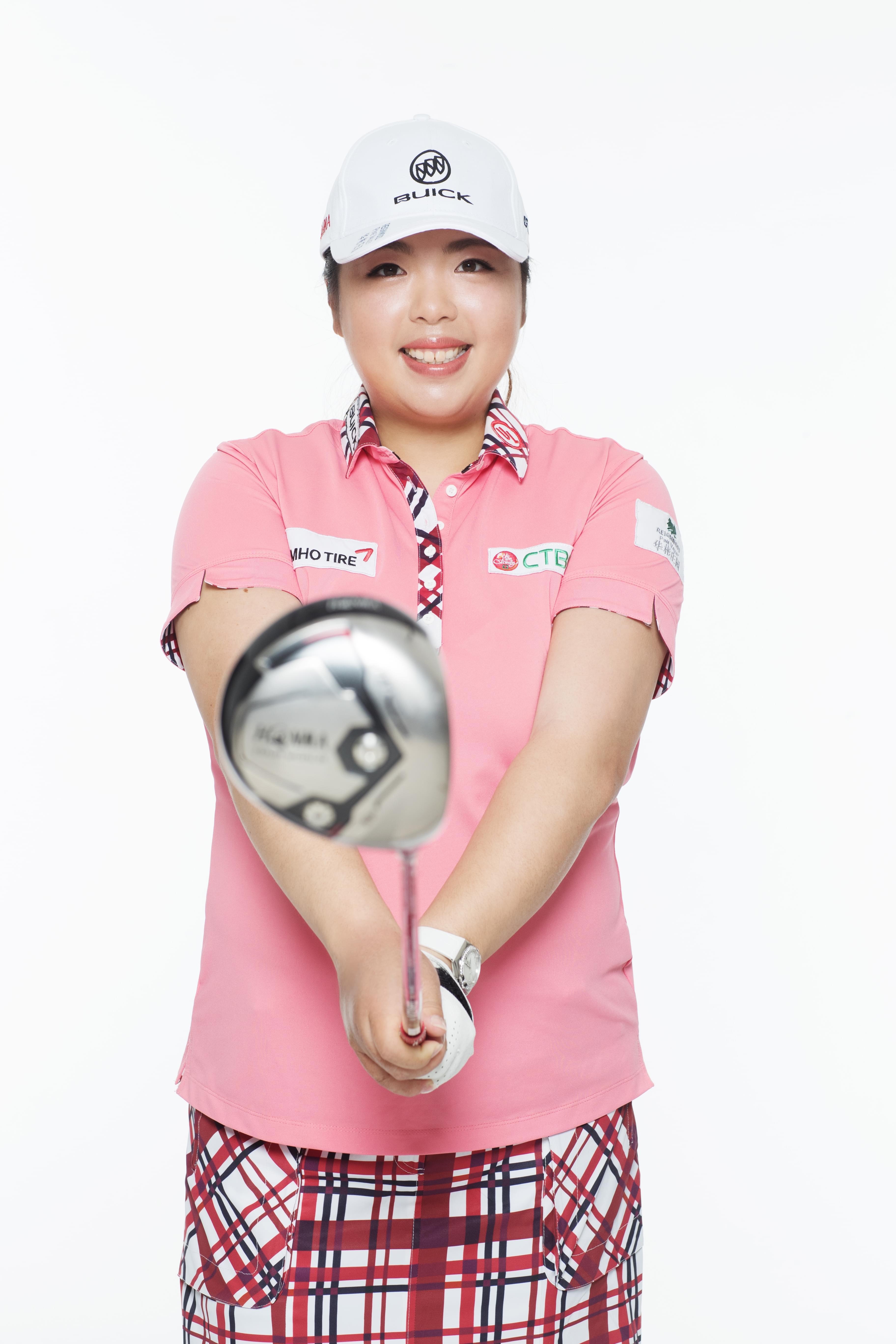 我国高尔夫首位国际排名榜首冯珊珊遇见更好的自己