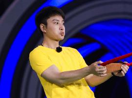 贾乃亮《来吧冠军》吹针弹弓媲美专业运动员?