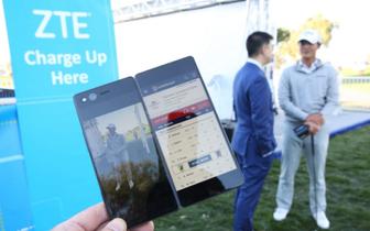 推进品牌建设 中兴折叠智能手机 走进美巡赛赛场