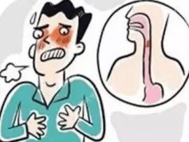 吞咽困难食管疼 男子从食管取出鸽蛋大肿瘤