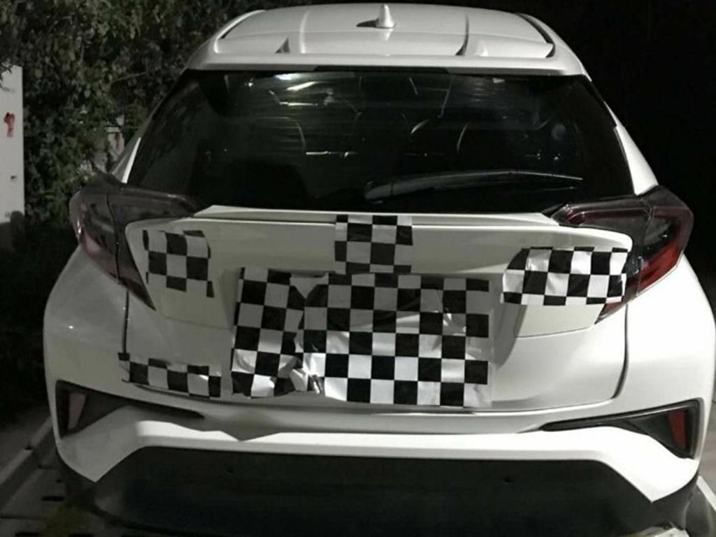 4月发布年中上市 广汽丰田C-HR实车再曝