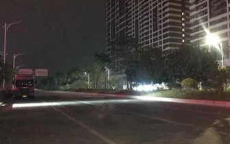 市作风办督查中心城区灯光照明设施管养 还灯于民