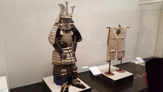 范睿城:武士的藤甲和羊皮袄