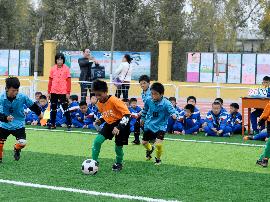 河北省今年已举办校园足球联赛6400多场