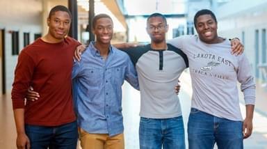 四胞胎被哈佛耶鲁录取