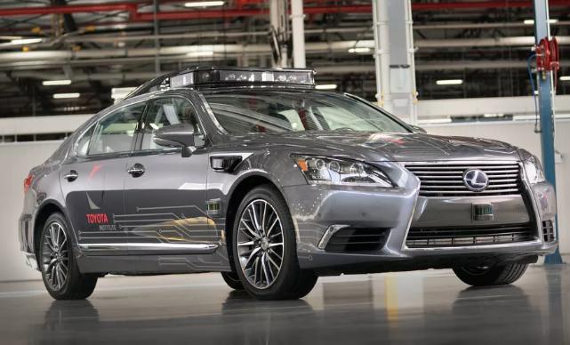 识别半径高达200米 丰田发布新款自动驾驶汽车