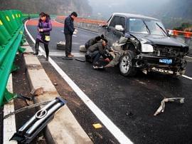 深夜畅聊12月23日:农村交通出问题,怪路?怪人?