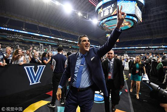 NCAA小球大师执着三分如丹东尼 名记:下一站NBA