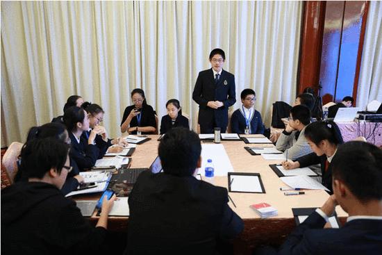 青少年对话专家学者 共寻传统文化传播之路