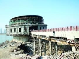 城北水厂超工期2年还未完工 谁之责?