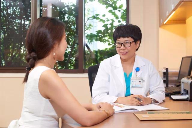 怀孕初期孕酮低,真的需要补黄体酮吗?—重庆安琪儿妇产医院孕早期门诊解惑