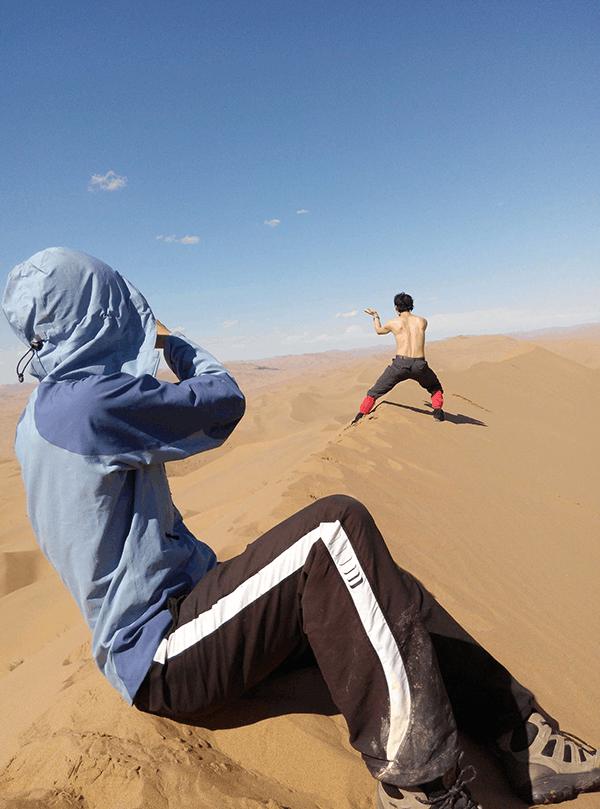 闯入巴丹吉林 身陷沙漠统治的蒙西高原