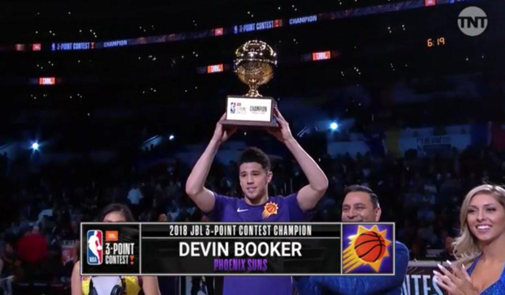 Booker決賽28分創历史紀錄,這分浪花兄弟都拿不到!(影)