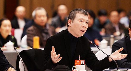 冯小刚:中国电影烂片多根本原因是创作人才匮乏