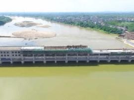 双捷拦河闸重建工程设备安装明年4月完工