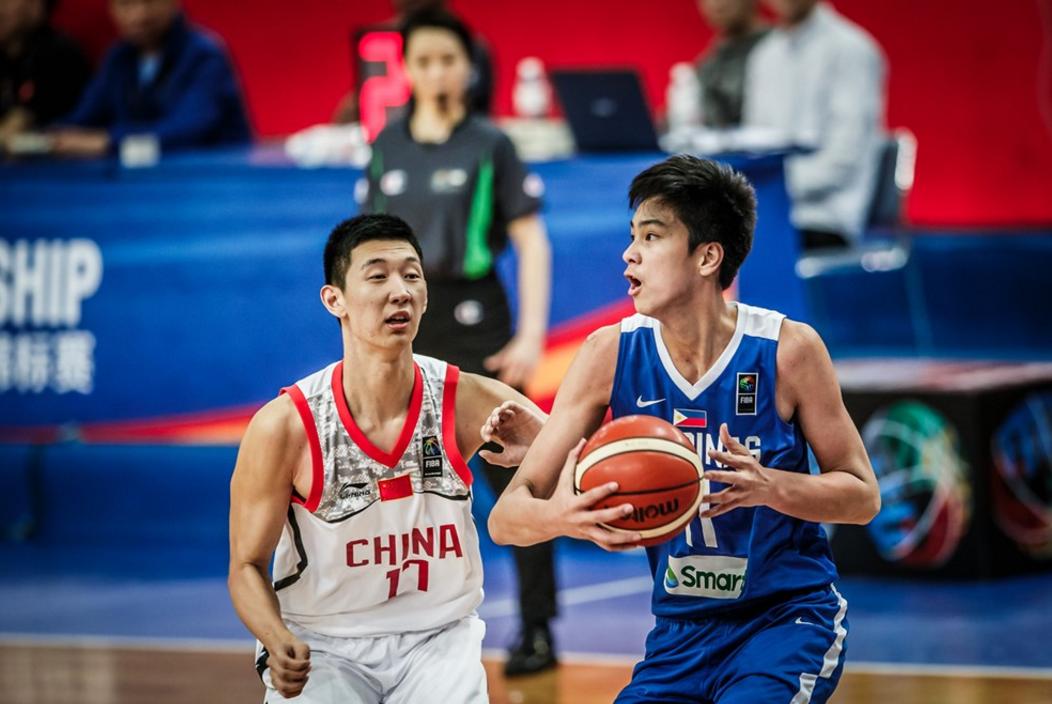 U16亚青赛-中国险胜菲律宾挺近决赛 孙浩钦22分