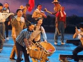 音乐剧《草原恋》献礼内蒙古自治区成立70周年