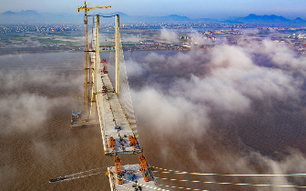 飞架南北绘通途 台州沿海高速台州湾大桥成功合龙