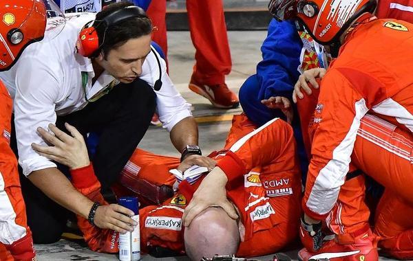 机械师被莱科宁撞骨折