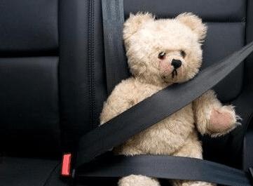 全国交通安全日:家长必知的儿童交通安全5要点