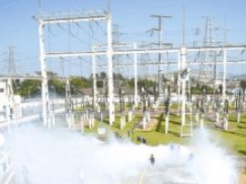 阳江举行防空演练 模拟供电设备被导弹损毁