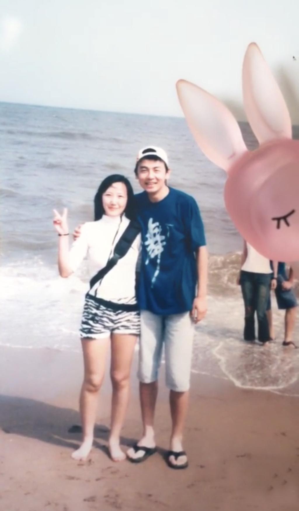 雷佳音16岁旧照又高又帅 网友:头没现在大啊