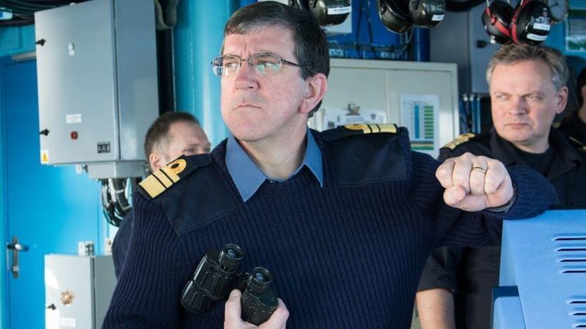 紧贴潮流 海盗劫船也玩高科技了!网络突击无人机齐上阵