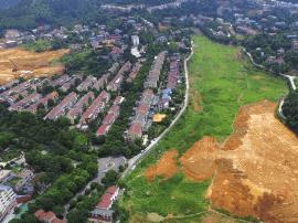 别墅区规划建高层 遭业主联名反对