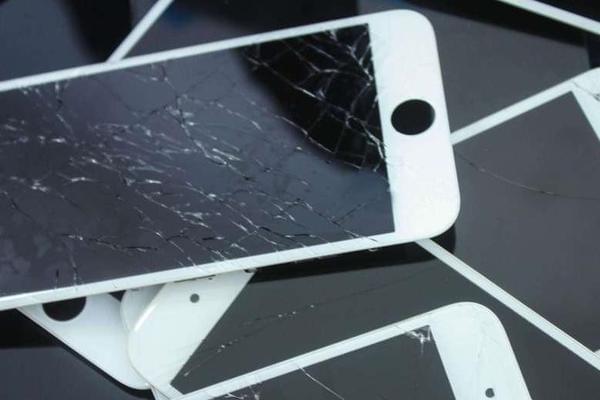 第三方iPhone换屏不会让保修失效